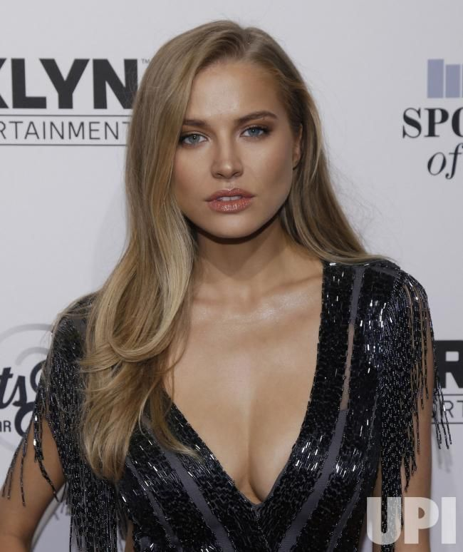 http://www.upi.com/News_Photos/view/17d4a47a43830e49554618bc3cf48cc5/Tanya-Mityushina-arrives-at-SI-Sportsperson-of-the-Year/