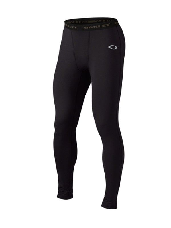 UNIFORM BASELAYER PANTS Worn underneath your primary layer, the Uniform Baselayer Pants are made with stretch fabric that moves with you and supports key muscle groups during your run. An elastic wais