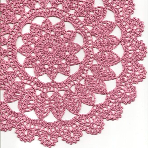 Crochet Vintage doily and coasters set of 5 by faustapink900, £10.00