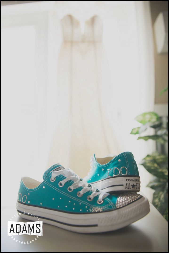 Oleg Cassini lace wedding dress with teal bling converse | Photography by Allen Adams Photography