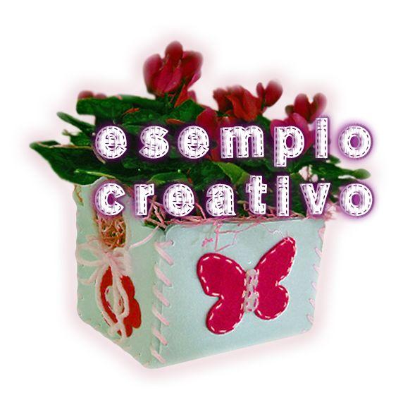 Personalizza il tuo cestino scegliendo il colore degli elementi decorativi e del filato. Spazio alla creatività!