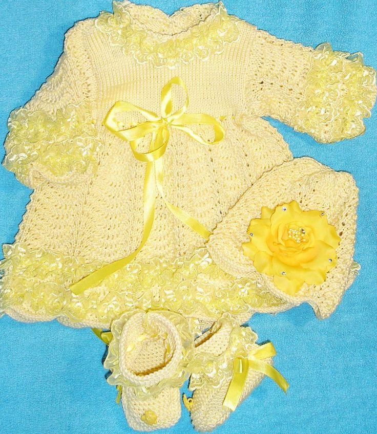 вязаный комплект для малышки,платье вязаное,обшитое кружевом,вязание на заказ,ручная работа