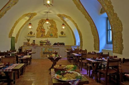 Nutriguía: Parador de Chinchón: su restaurante 'El Bodegón' abre la temporada de cocidos