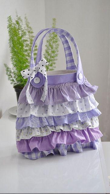 Bolsa de babadinhos de tecido.