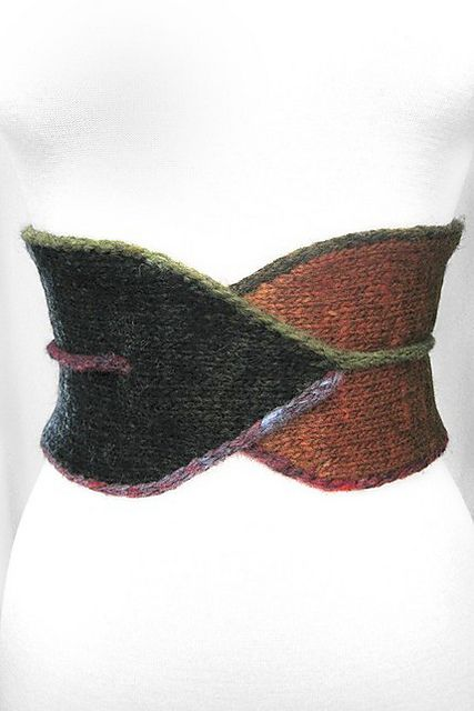 Ravelry: Norobi pattern by Veronica O'Neil  Very cool free knit belt pattern.  Beautiful in a single color, also. Ravelry.