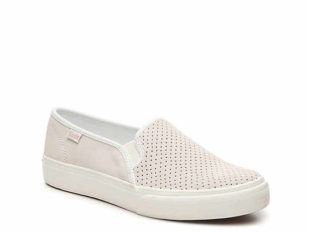 dsw slip on sneakers womens