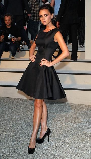 VB in a perfect little black dress