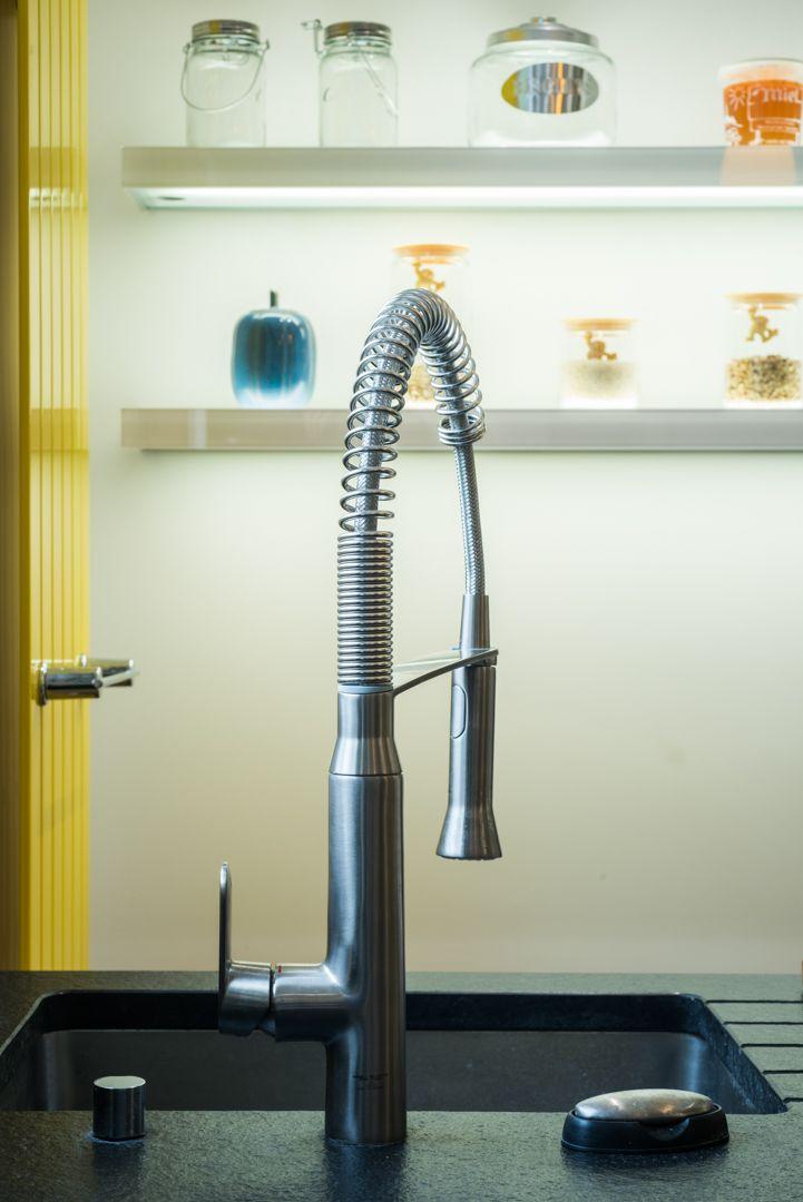 les 25 meilleures id es de la cat gorie cuisine en granit noir sur pinterest comptoirs de. Black Bedroom Furniture Sets. Home Design Ideas