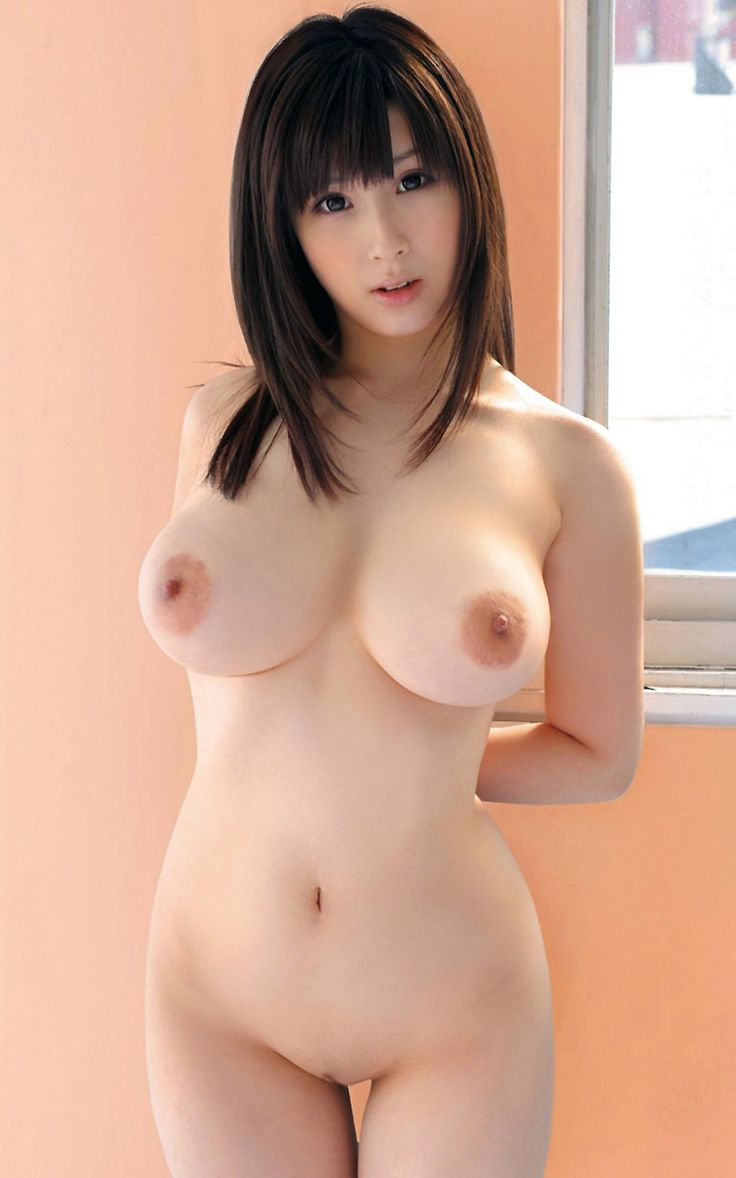 Prittiest naked asian girls and too