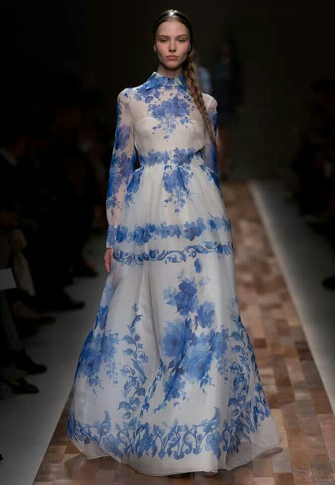 I died, went to heaven and Valentino was dressing everyone. Valentino 2014.