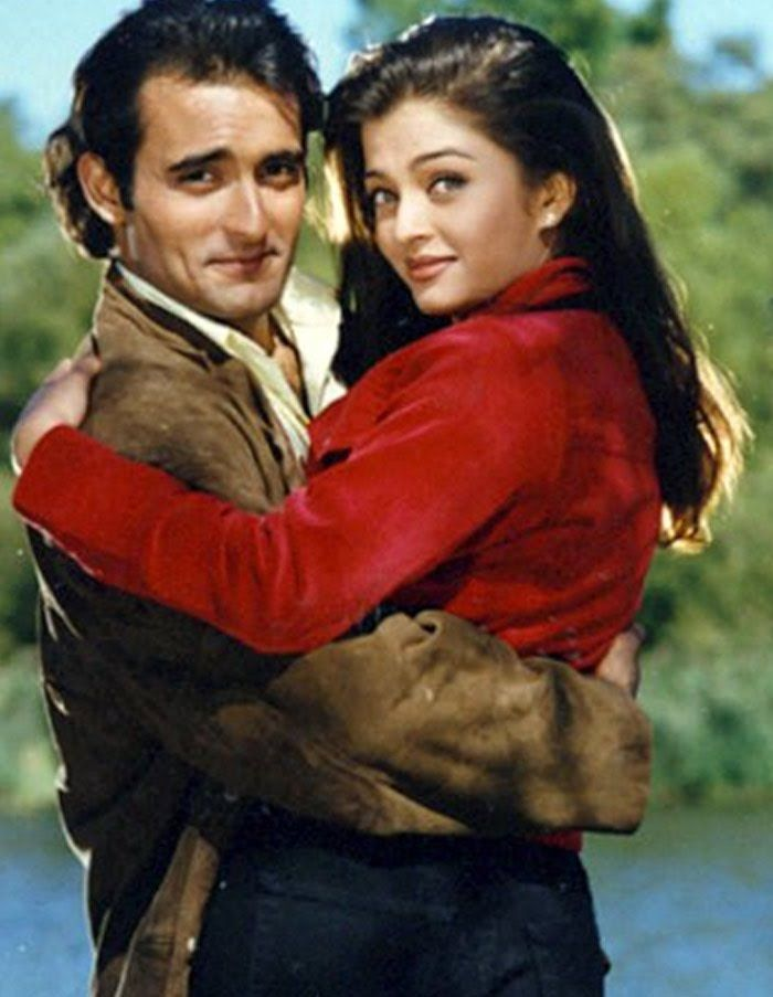 Aishwarya Rai Hot 1999 Aa Ab Laut Chalen Is A Romantic Drama Musical Directed By Rishi Kapoor Making His Directorial Debut And Also Remains The Only Film He