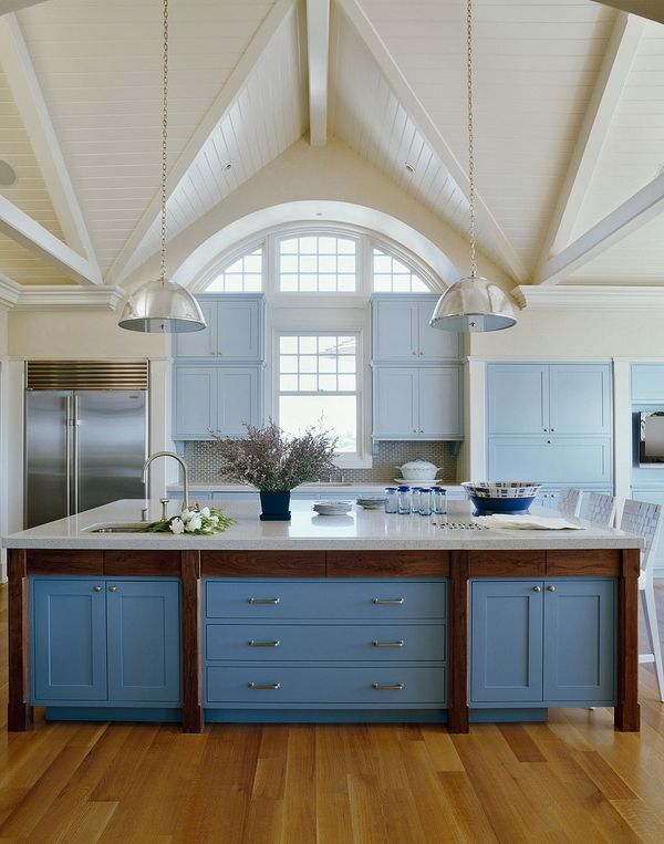 COCOCOZY: COLOR WATCH: A CORNFLOWER BLUE KITCHEN http://cococozy.com: Blue Cabinets, Idea, Kitchens Design, Dreams Kitchens, Beaches House, Color, Blue Kitchens, Kitchens Islands, Vaulted Ceilings