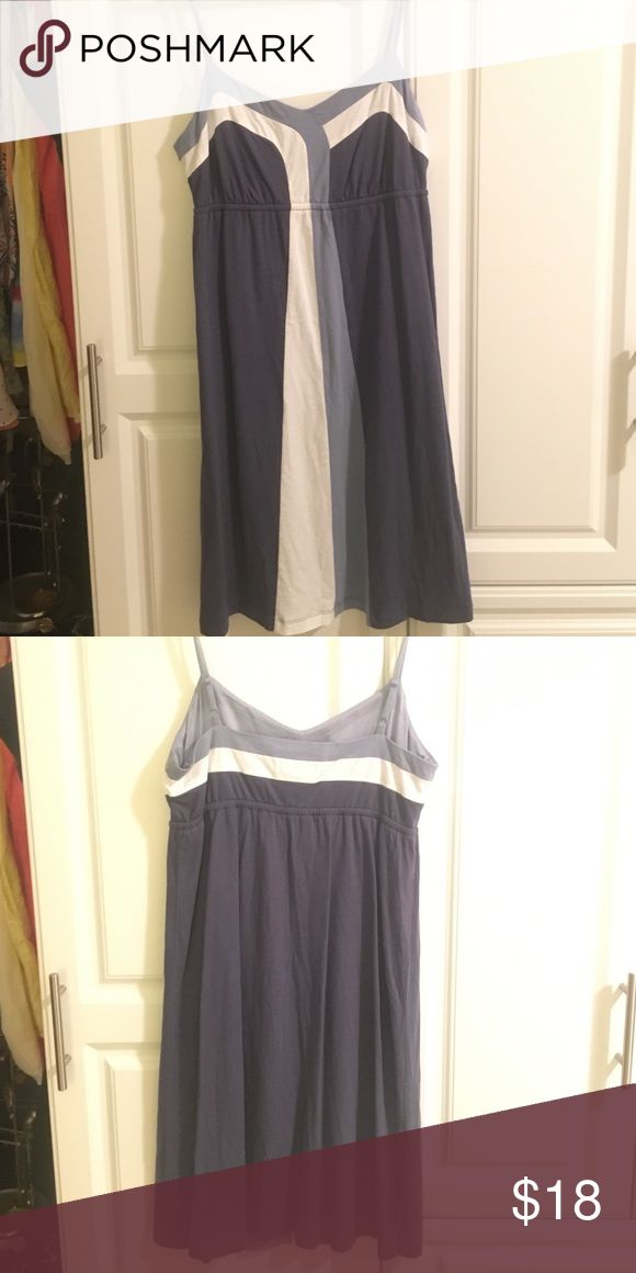 Navy and white sun dress from LOFT Great for a beach weekend or pool day! It's and XS but it fits more like a S-M. Very flattering if you have small bust. LOFT Dresses
