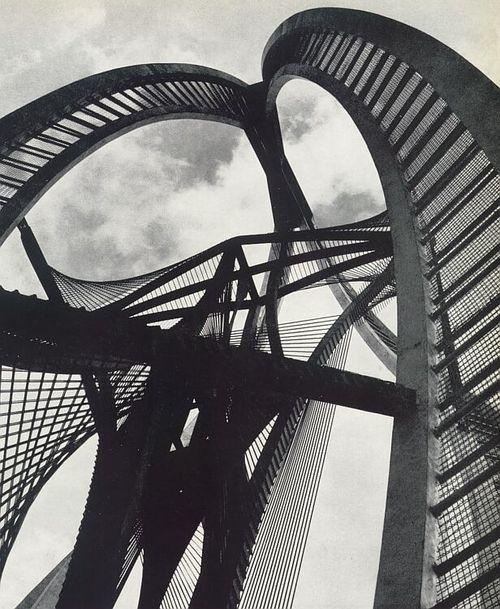 Unititled sculpture for department store De Bijenkorf (1957) - Rotterdam