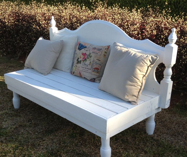 DIY Pallet furniture - I made this bench seat from old pallets & an old bed head.