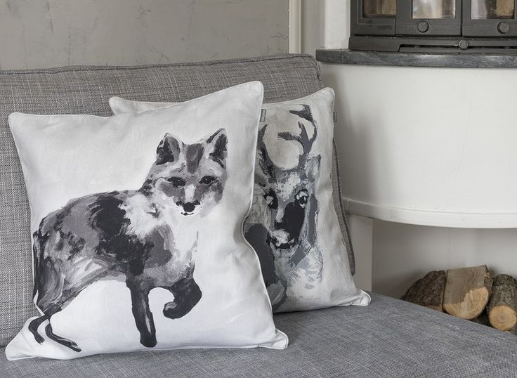 Fauna Cushion cover Fox | Gorgeous Finnish animal figures decorate Fauna pillow cases designed by Lasse Kovanen.
