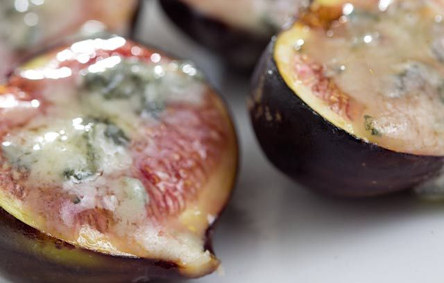 Figs with Melted Blue Cheese