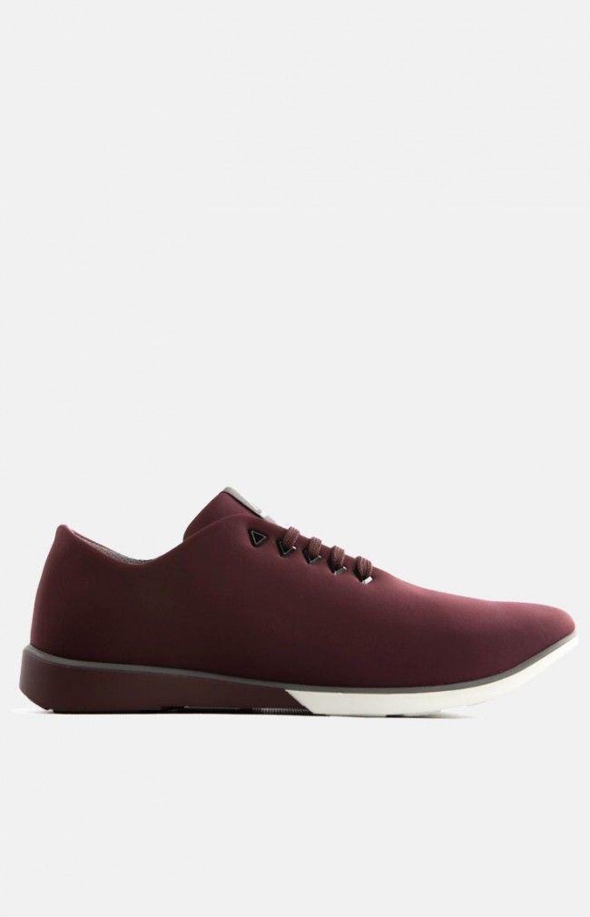 ATOM-Grape Elegant and simple urban sneaker design made pf high quality materials #urban #sneaker #anglestore #minimal #design