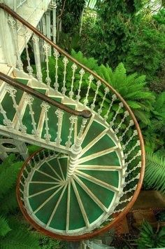 Possible Possibilities for a Probably Probable Place *2 a secret garden* :-)