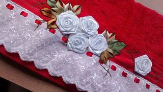 LOY HANDCRAFTS, TOWELS EMBROYDERED WITH SATIN RIBBON ROSES: TOALHA VERMELHA