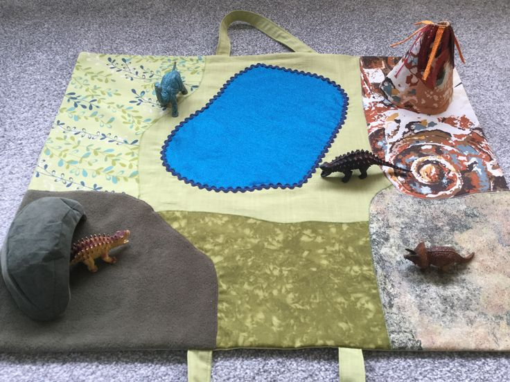2017-3 Dinosaur Playmat with cave and volcano. Made by Jan