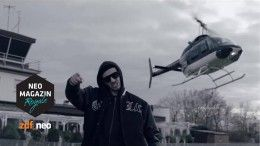 ZDFneo-Moderator Jan Böhmermanns Persiflage auf deutsche Gangsta-Rapper (Video)