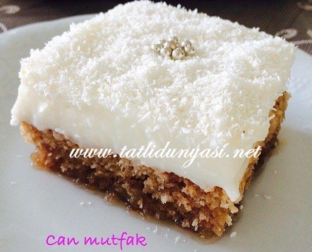 Kıbrıs Tatlısı Tarifi Hem şerbetli hem sütlü tatlı sevenler için ideal bir tatlı.  Malzemeler : 4 yumurta 1 su bardağı şeker (çok tatlı sevmeyenler yarım su bardağı şeker kulla