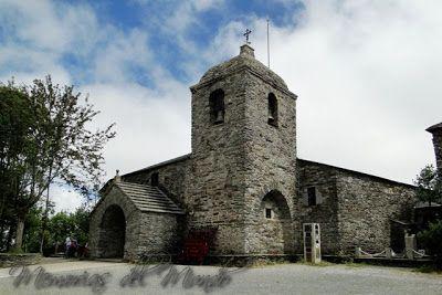 Iglesia de Santa Maria Camino de Santiago y el milagro del Santo Grial - Church of Santa Maria Camino de Santiago and the miracle of the Holy Grail