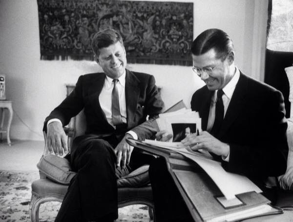 1961. 19 Janvier. Jfk et Robert Mcnamara
