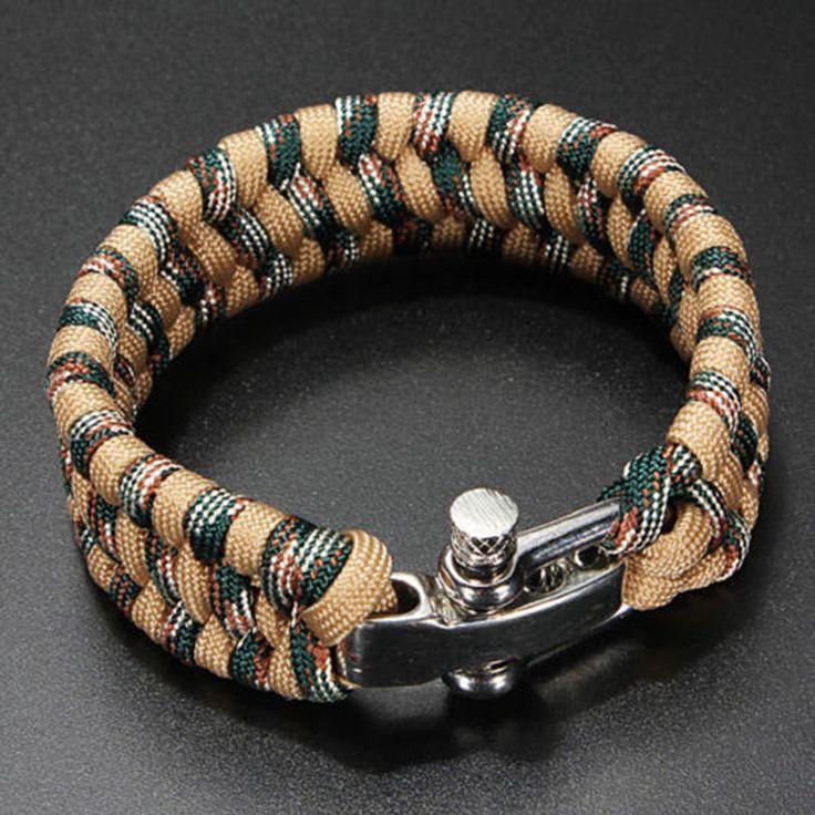 Pulsera de hombre compuesta por cuerda de nylon y cierre de acero. #eljoyerodepaula #tiendaonline #moda #tendencias #modahombre #bisutería #pulseras #jewelry #fashion