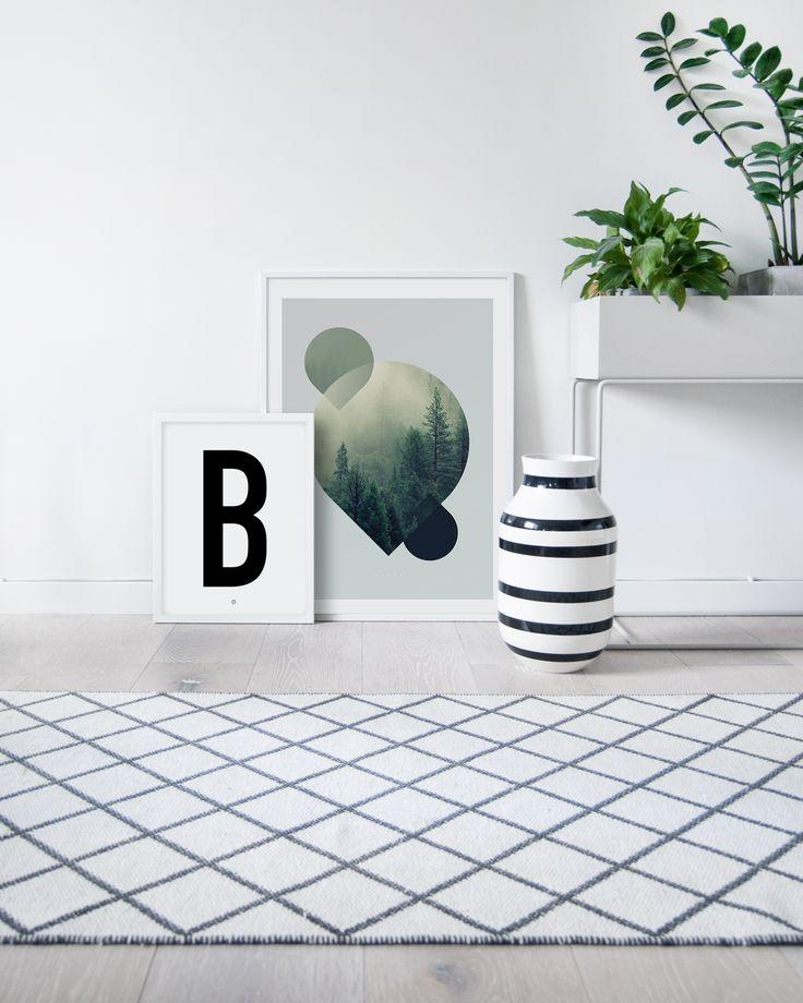 Big & Bold B #typography #typographyposter #letterposter #minimalistisk #minimalisticposter #cleanposter #enkontrast #enkontrastposter #plantbox #fermliving #kähler #kählerdesign #kähleromaggio #omaggio
