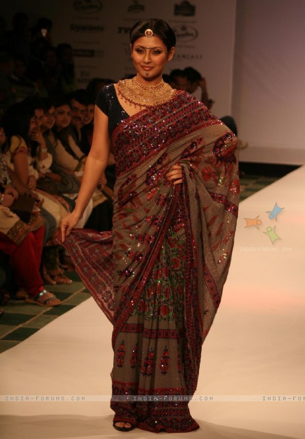 Actor Rimi Sen in Anita Dongre collection in the last day of Kolkata Fashion Week on Sunday