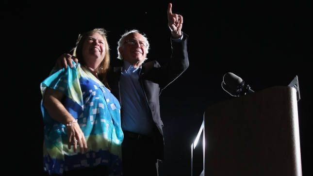 A look at Bernie Sanders's wife, former college president and top adviser to her husband.