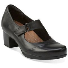 Shop women's shoes, boots and accessories - SHOEme.ca