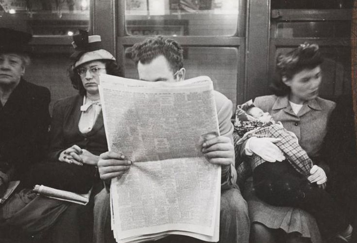 Images From The New York Subway In 1946 By 17-Year-Old Stanley Kubrick | Deveoh!