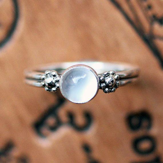 Dasiy ring, boho rings sterling silver, Moonstone ring sterling silver, June…