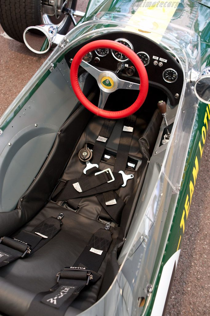 le cockpit de la lotus de jim clark jim clark lotus pinterest cars jim o 39 rourke and ship it. Black Bedroom Furniture Sets. Home Design Ideas