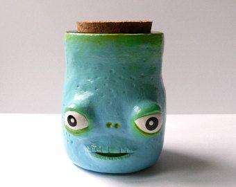 Alterato vetro bottiglia - Whimsical Polymer Clay pozione bottiglia - Spooky Halloween decorazione - piccola fiala decorativo - strega cucina Decor - OOAK