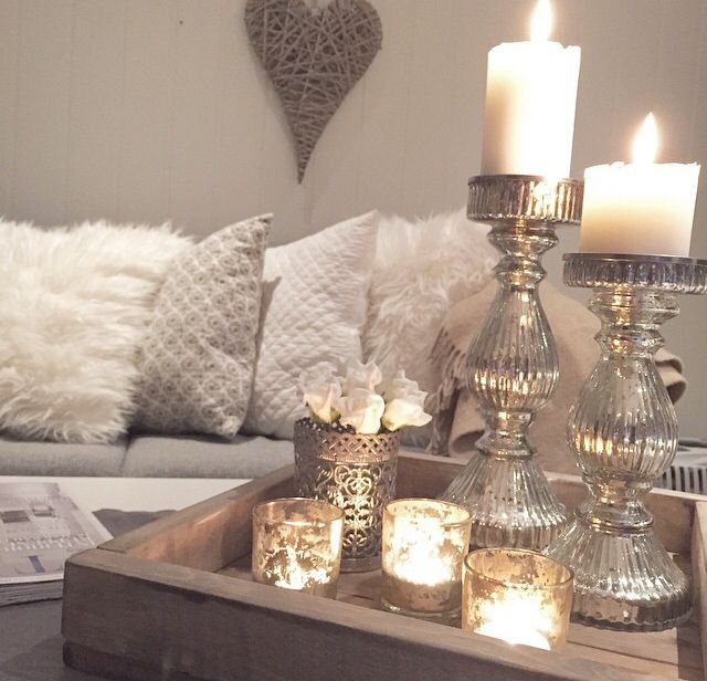 Besides that tweed heart on the wall in the background. This is perfection. Colors and decor. All about white && light!!!