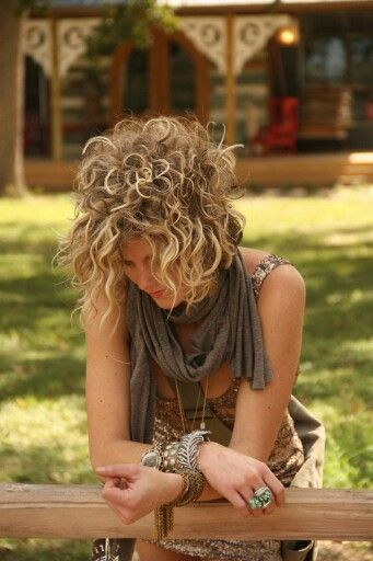 style of the hair amie sikes hairstyles curly hair style 7353