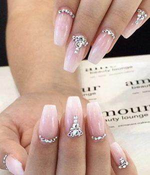 Pretty Diamond Nail Designs #diamond #nailart #nails