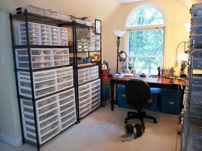 Click on the picture to see more of Linda's studio setup, pictures,  and ideas.
