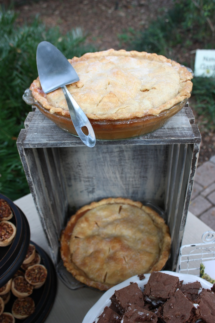 Pete's Apple Pie - Peter and Kristin's Rehearsal Dinner Picnic.