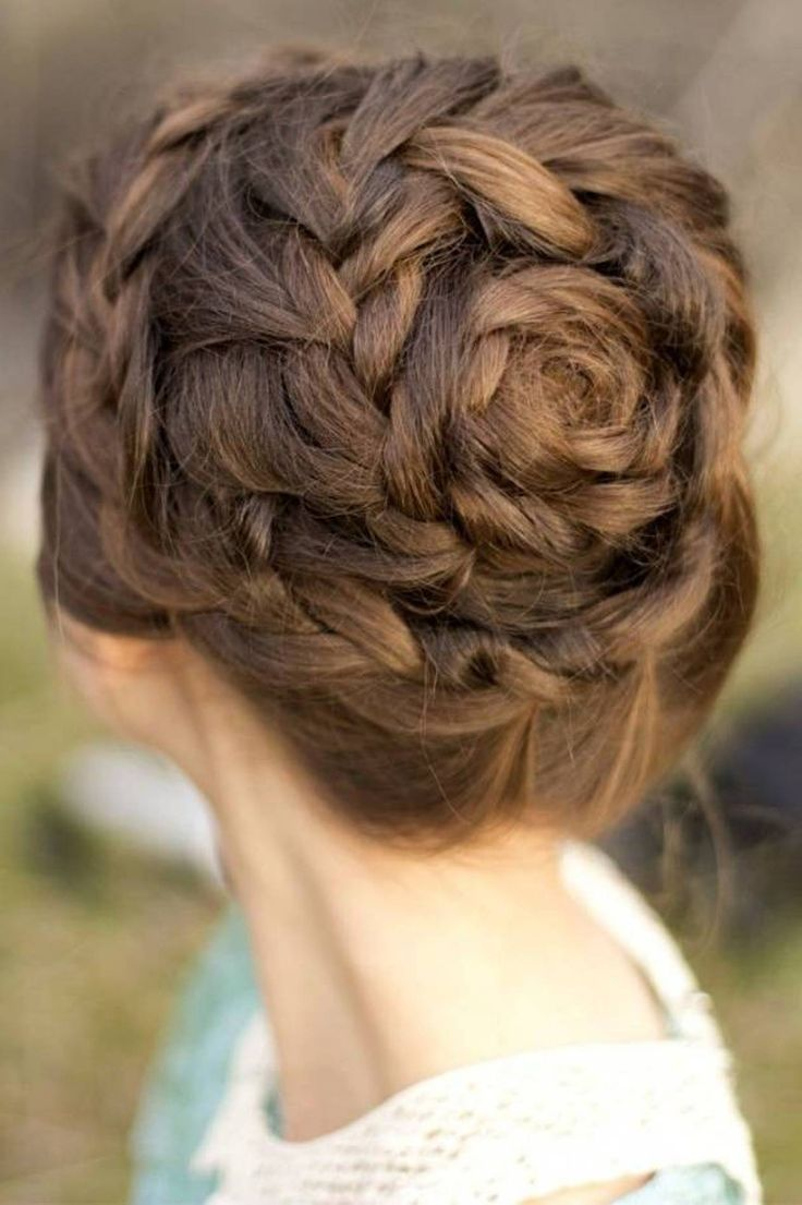 ... FULL ARTICLE @ http://www.africanamericanhairstylestrend.com/tree-braids-prom-hairstyles/18th-annual-screen-actors-guild-awards-arrivals-2/