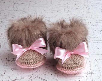 Niña del ganchillo de botines de piel sintética - botines - zapatos de niña de botas - regalo de ganchillo zapatillas - Uggs bebé - bebé niña - bebé recién nacido invierno