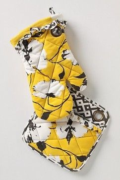 Picking Pansies Oven Mitt - eclectic - oven mitts and pot holders - Anthropologie