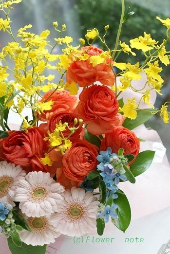 『【卒業・入学祝】お花で祝福』 http://ameblo.jp/flower-note/entry-11198009535.html