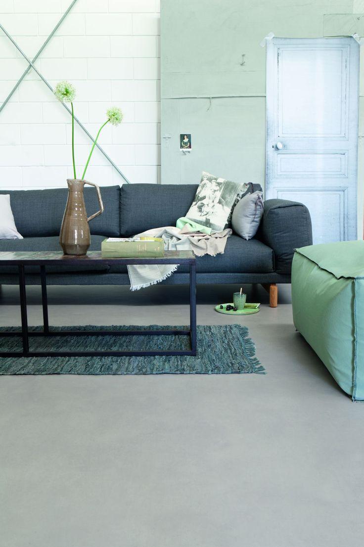 25 beste idee n over grijze vloer op pinterest grijze houten vloeren grijze tegelvloeren en - Kleur grijze leisteen ...