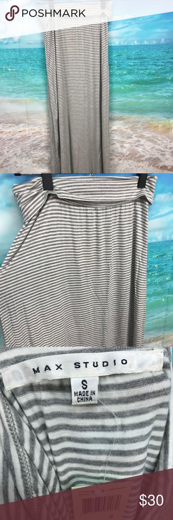 "Max Studio Gray White Striped Maxi Skirt Small Max Studio Gray White Striped Maxi Skirt Small Long Modest NEW Stretch #1028 Measurements Laying Flat:  Waist:14"" Length:43"" Max Studio Skirts Maxi"