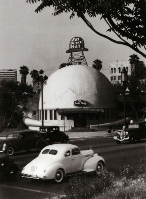 via newamsterdamlemonade:    the Brown Derby restaurant, Wilshire Boulevard, Los Angeles, c. 1939. by John Swope.